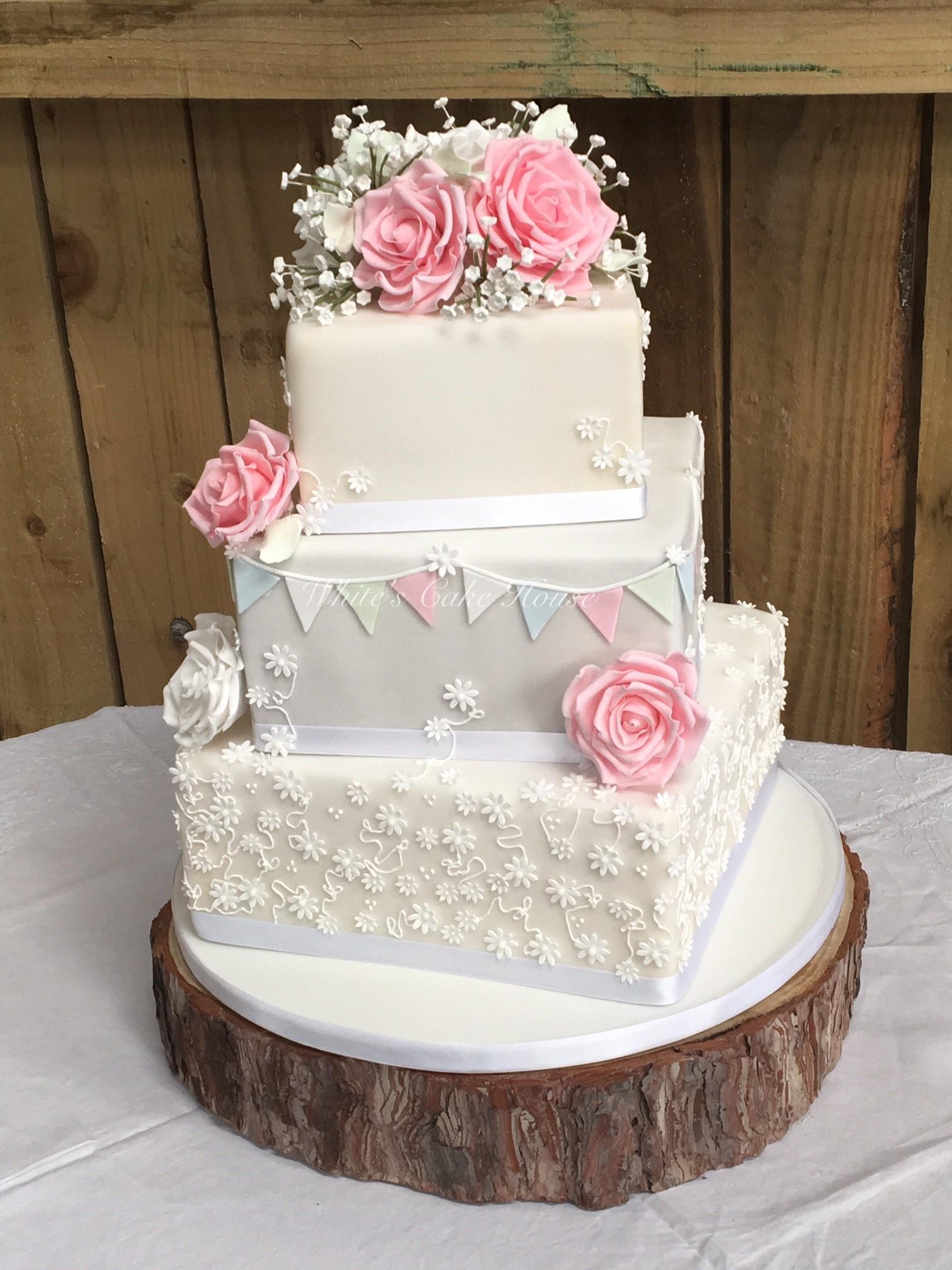Lilac Peonie Wedding Cake
